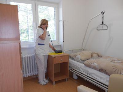 Krompašská nemocnica zrekonštruovala na gynekologicko-pôrodníckom oddelení 1 nadštandardnú izbu, 1 izbu pre pacientky a priestory pre personál